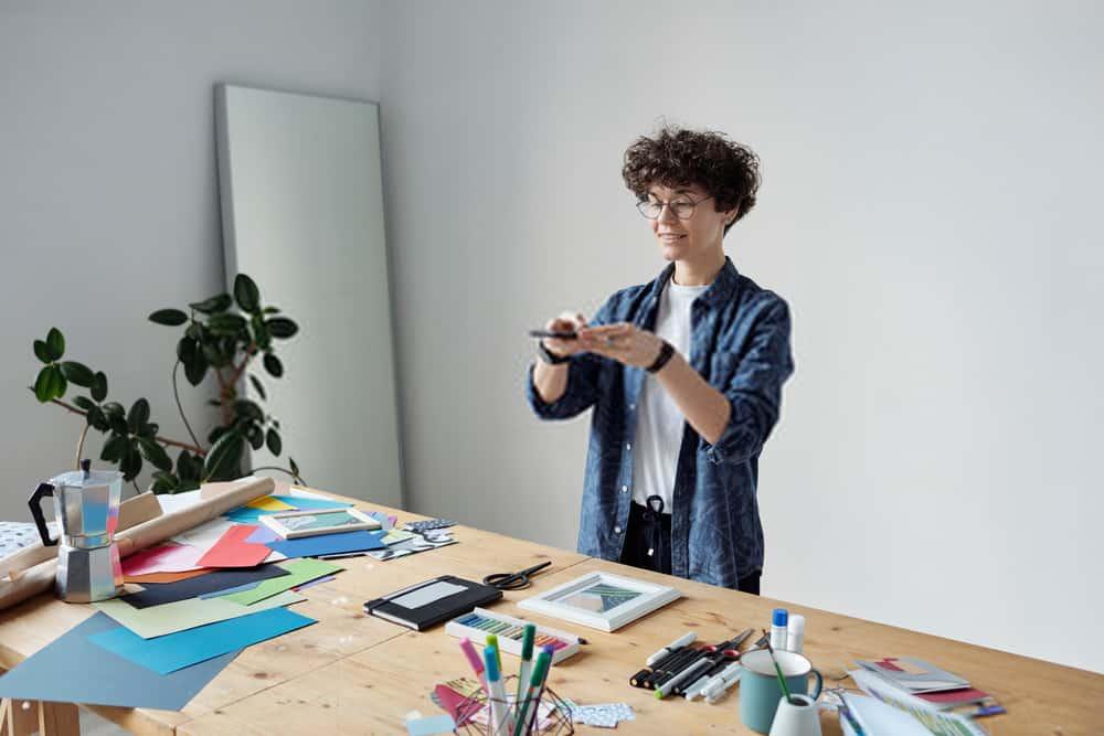 Photo Frame Studio – Adding Clipart to Photos & Backgrounds