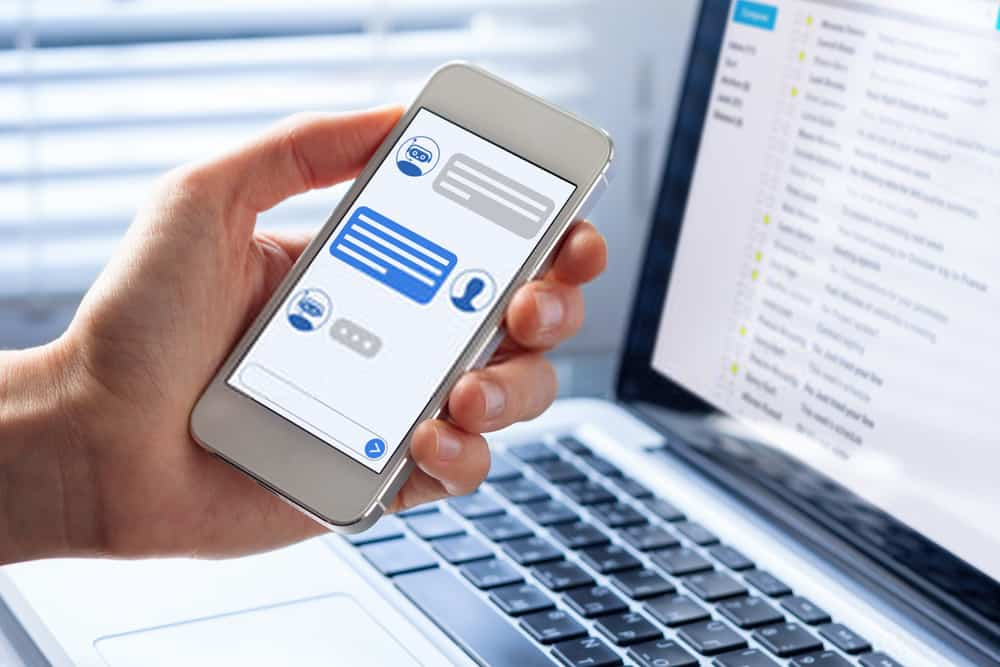Top Reasons For Choosing A Chat API For Your Business App
